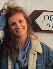 Sarah-Jane is a French tutor in Ferndown