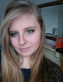 Charis is a Home Economics tutor in Dunstable