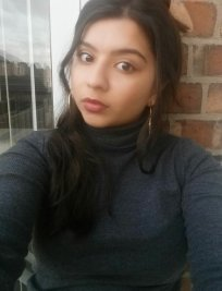shajia is a private tutor in East Midlands