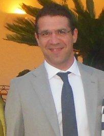 Vincenzo is a French tutor in Nottingham