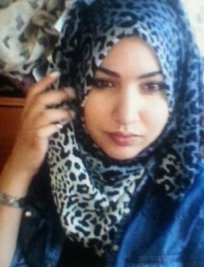 Yusra is an English tutor in Ham