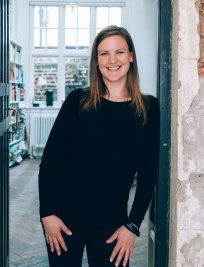 Clare is a French tutor in Dunstable