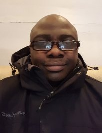 Ayomide is a tutor in Atherstone