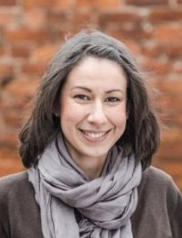 Sarah is a private Professional tutor in Manchester