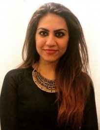 Sadaf is a private Biology tutor in Ascot