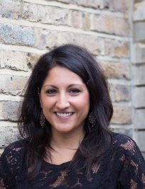 Laina is a private Professional tutor in Dronfield