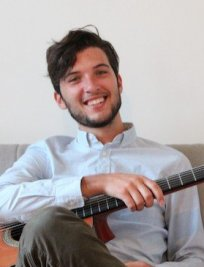 Alessio offers Popular Instruments tuition