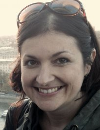Kerry is an English Language tutor in Cambuslang