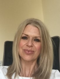 Susan is a private tutor in London