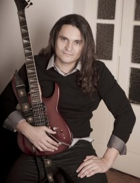 david offers Guitar lessons in Hertfordshire Greater London