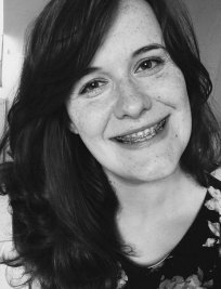 Catrin is a private Maths and Science tutor in Cambridge