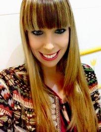 Laura is a private tutor in Hindley