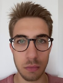 Florian is a French tutor in Devizes