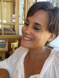 Raquel is a Spanish tutor in Kent