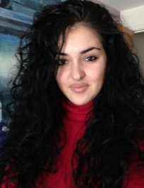 Rosa is a French tutor in Colliers Wood