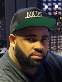 Jonathan is a Music Technology tutor in Poplar