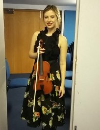 Anna teaches Violin lessons in North West London