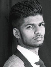 Suneel is a tutor in Harrow
