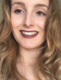 Sophie is an online A-Level Business Studies tutor