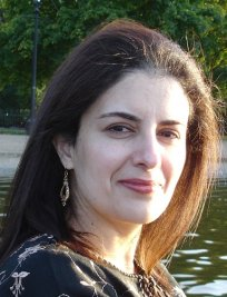 Saadia is a private Maths tutor in Central London