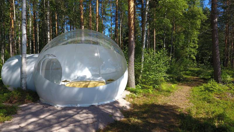 Camping in a bubble tent, Dalarna