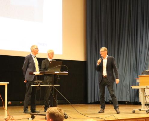 Professoren, Feldhusen, FSVV