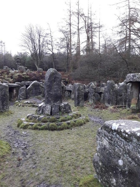 yorkshire Stonehenge monoliths inner circle2
