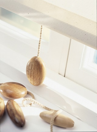 wooden pebble blind pulls