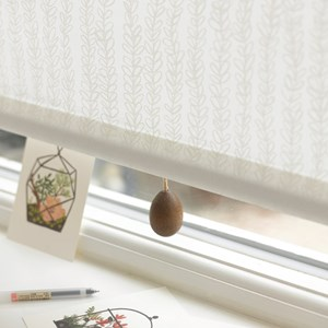 wood egg blind pull - cocoa