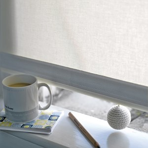 wax cream coloured carpet ball boule textile modern elegant wool window roller blind pull