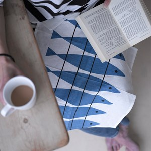 blue and white paper napkins featuring Swedish vintage Marianne Nilsson design classic Sill