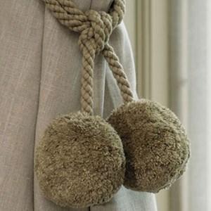 large woolie tieback - moss