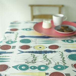 picknick swedish cotton printed fabric a vintage design by Marianne Westman showing simple salad ing