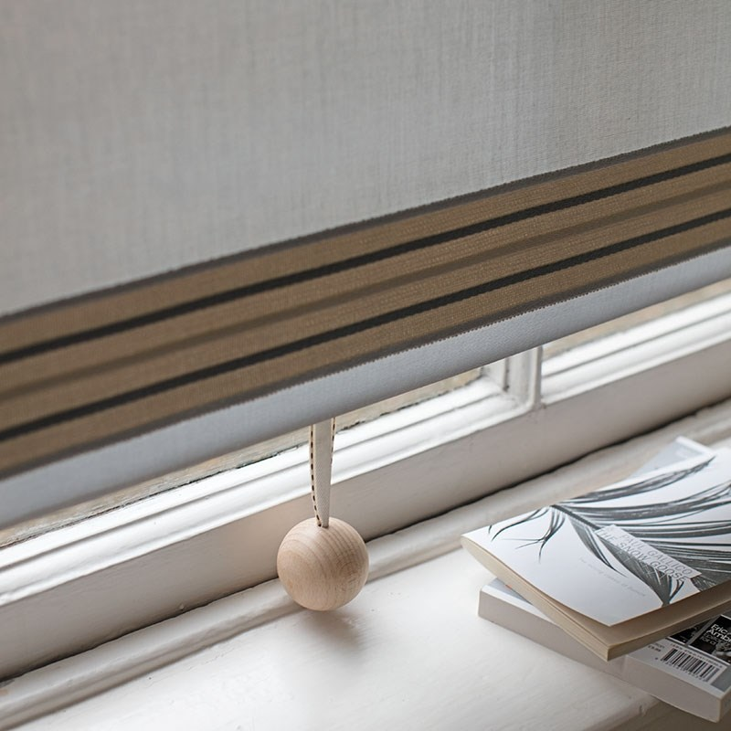 Wooden Ball Blind Pull Natural With Ribbon