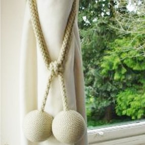 straw colour small stylish curtain tieback