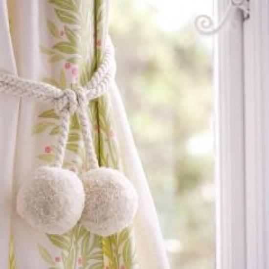 woolly tieback - cloud white