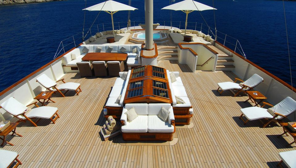 Nero Superyacht For Charter Y Co