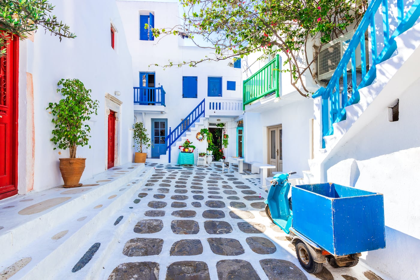 White streets of Mykonos