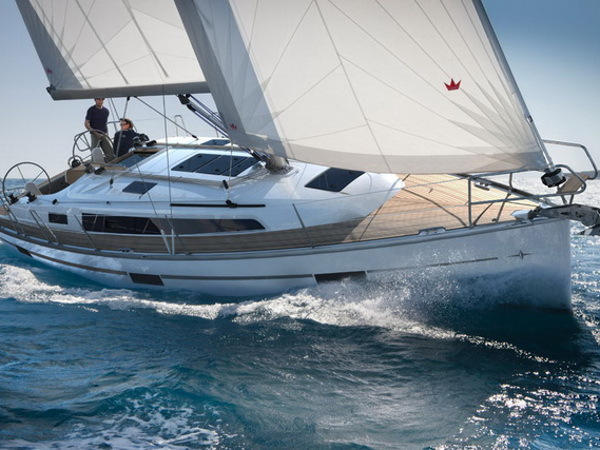 Hire sailboat Bavaria Cruiser 37 in Calvia - Västra Götaland