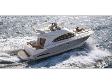 Rental motorboat Antares 36 in Split city - Split