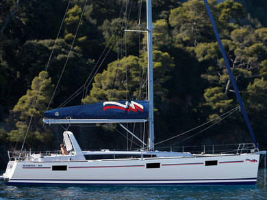 Hire sailboat Moorings 48.4 in Cannigione - Olbia-Tempio (Sardinia)
