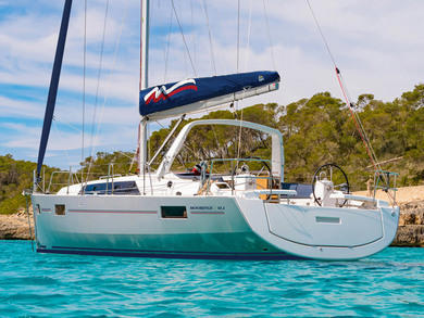 Rental sailboat Moorings 42.3 in Cannigione - Olbia-Tempio (Sardinia)