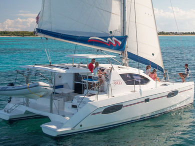 Hire catamaran Moorings 3900 in Road Town - Tortola