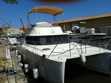 Charter exclusive yacht Highland 35 in  - Var