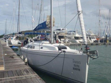 Rental sailboat Hanse 400 in Phuket city - Phuket