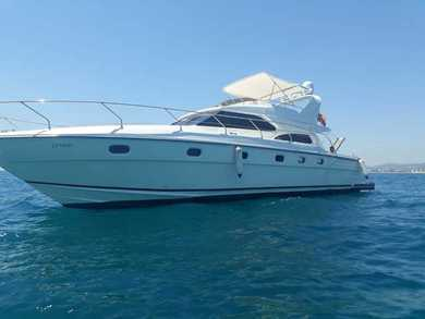Hire exclusive yacht Sunquest 57 in  - Barcelona