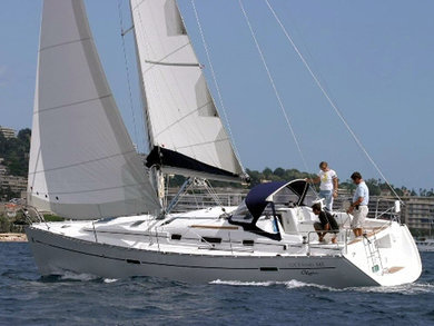 Rental sailboat Oceanis 34 in Athens - Attica