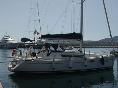 Rental sailboat Sun Odyssey 36i in Portisco - Olbia-Tempio (Sardinia)