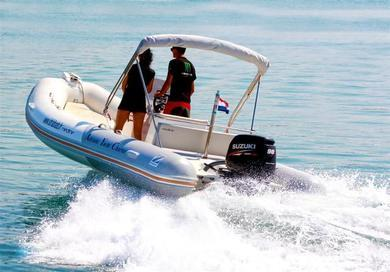 Hire motorboat Zodiac Medline 580 in  - Istria