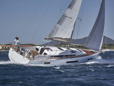Rental sailboat Sunsail  44 in Cannigione - Olbia-Tempio (Sardinia)